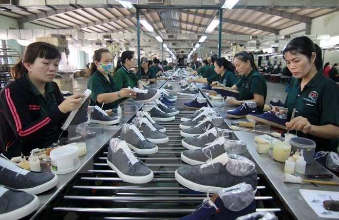 Nguồn hàng giày dép tại Việt Nam giá xưởng để kinh doanh online